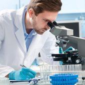 בדיקת זרע של גבר במעבדות גבריאל